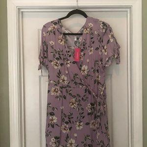 NWT Xhilaration Lilac sweetheart floral dress